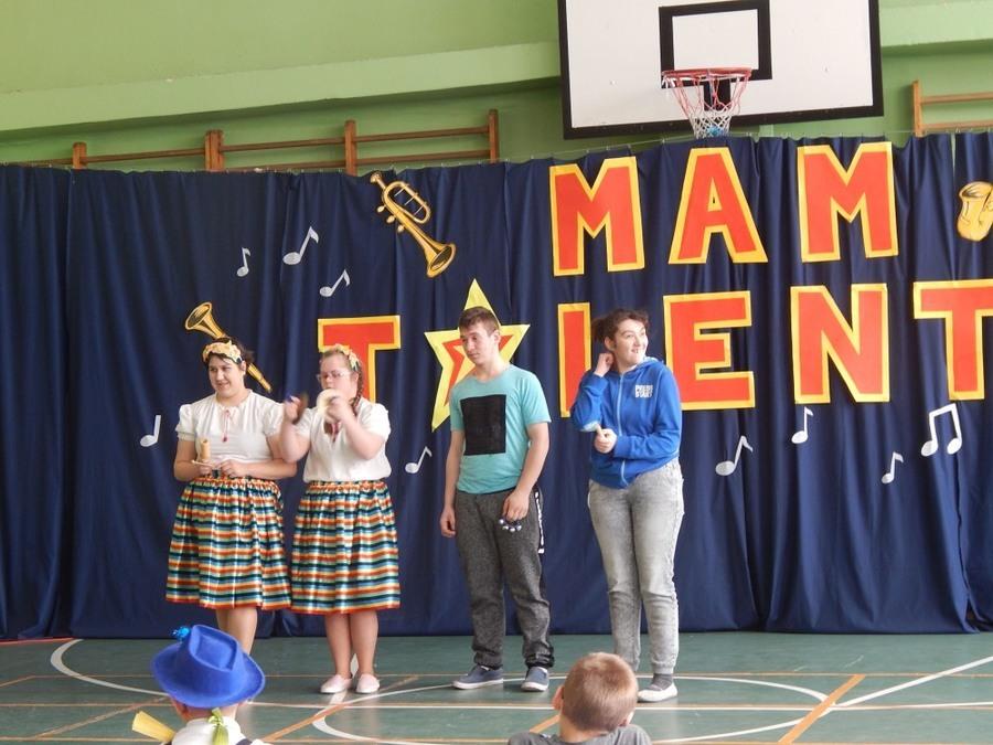 Wiosenny Festiwal Młodych Talentów 2018  w Specjalnym Ośrodku Szkolno - Wychowawczym w Dęblinie
