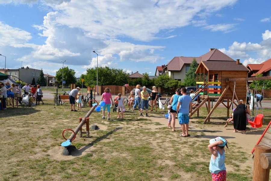 Rozpoczęcie wakacji - osiedle Wiślana - Żwica