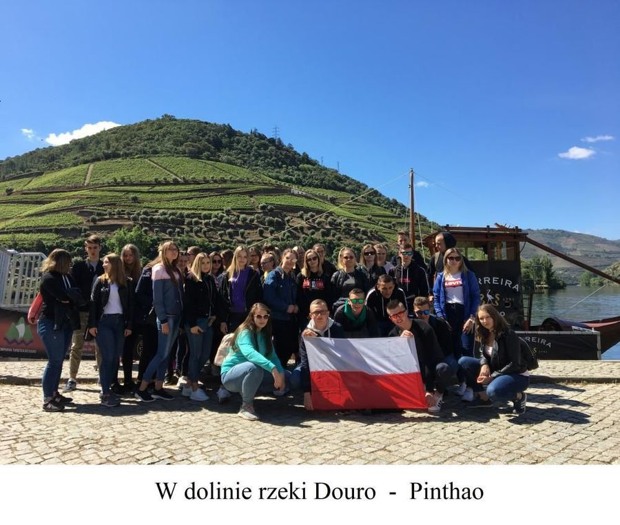 Uroki słonecznej Portugalii - praktyki zawodowe 45 uczniów Zespołu Szkół Zawodowych nr 2 w Dęblinie