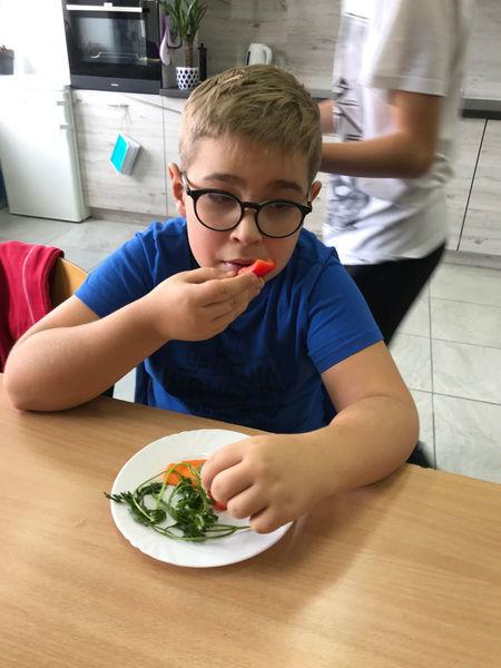 Jedz warzywa codziennie - SOSW w Dęblinie promuje zdrowy styl życia