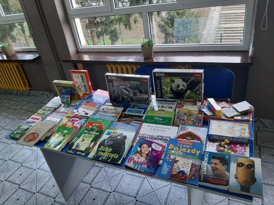 Uczniowie ZSZ nr 2 wspierają dzieci ze Specjalnego Ośrodka Szkolno-Wychowawczego w Opactwie