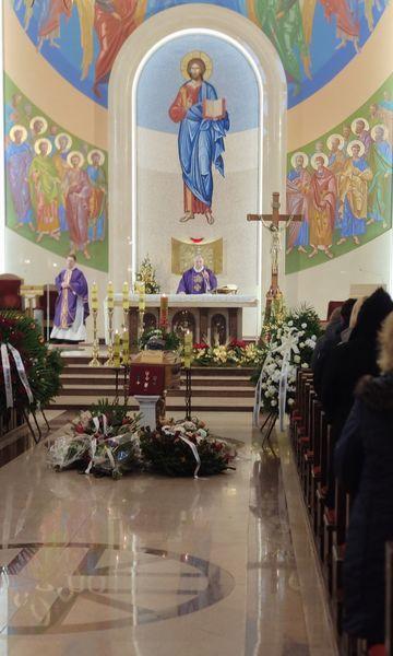 Nabożeństwo żałobne Romana Maniaka odprawione w Kościele P.W. Św. Michała Archanioła w Piastowie
