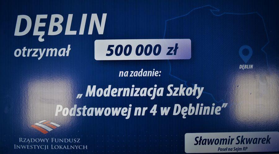 Tabliczka 5000 000 tys. zł z Rządowy Fundusz Inwestycji Lokalnych