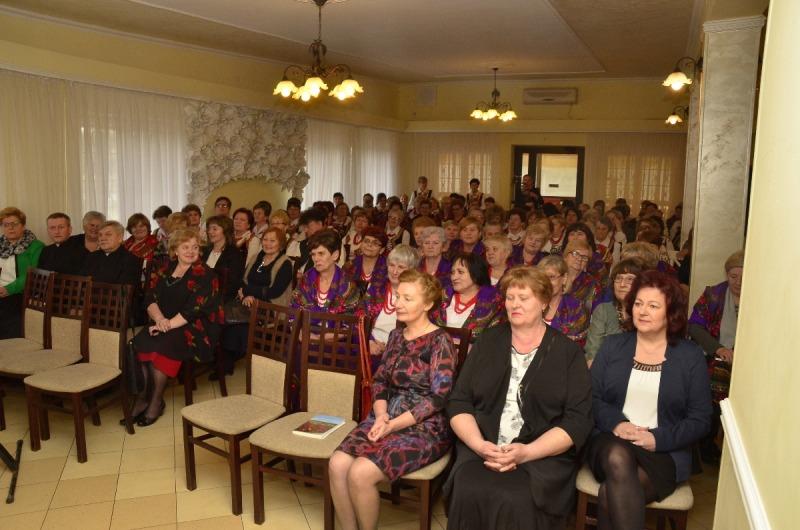 Gminny Dzień Kobiet na Ludowo 2017