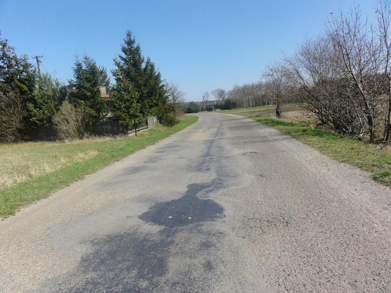 Droga gminna nr 112569L w miejscowości Wola Przybysławska