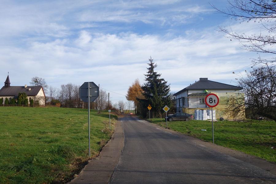 Droga w  Gutanowie 1
