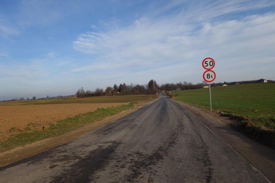 Droga w  Gutanowie 13