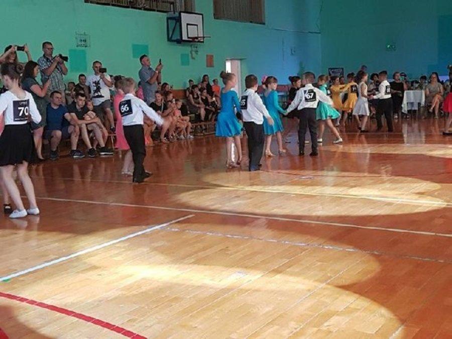 I Amatorski Turniej Tańca Towarzyskiego w Mętowie