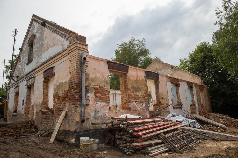 Remont budynku przy ul. Złotej w Dysie
