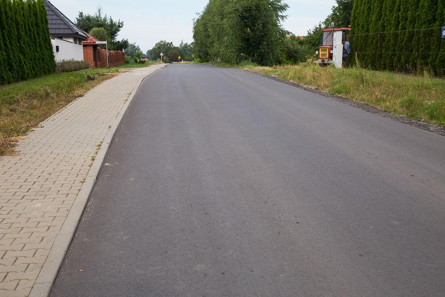 Na zdjęciu ul. Akacjowa w Jakubowicach Konińskich