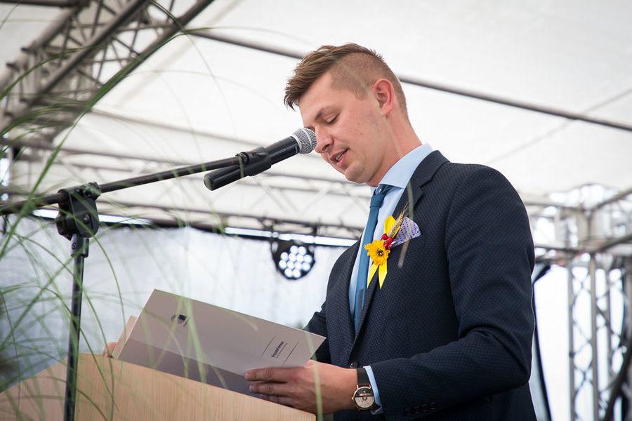 Na zdjęciu przemawiający radny powiatu lubelskiego