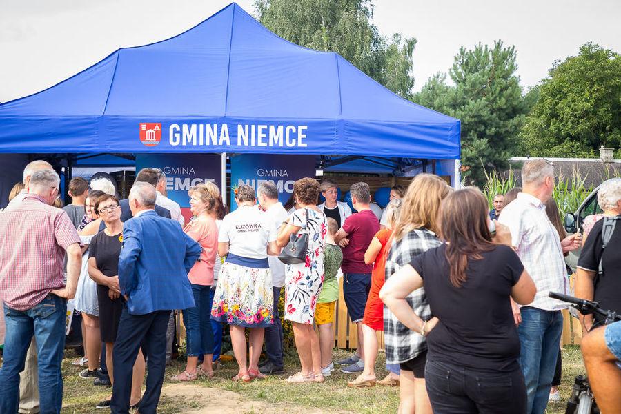Na zdjęciu namioty gminy Niemce