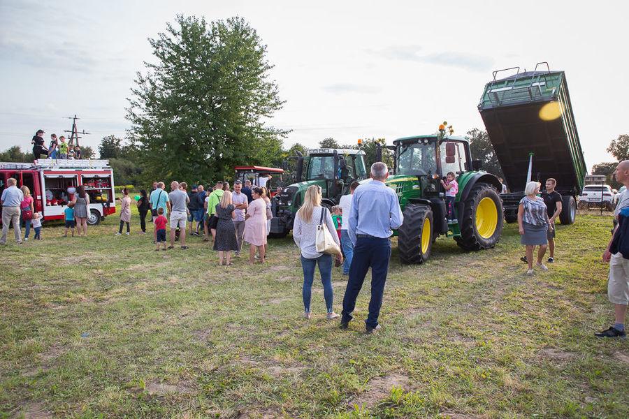 Na zdjęciu sprzęt rolniczy