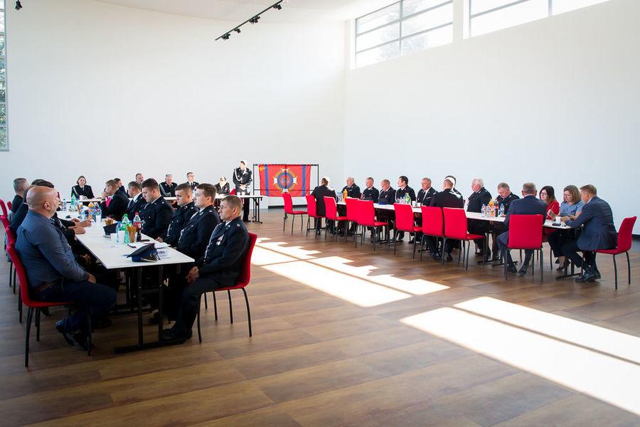 Na zdjęciu plan ogólny sali z delegatami