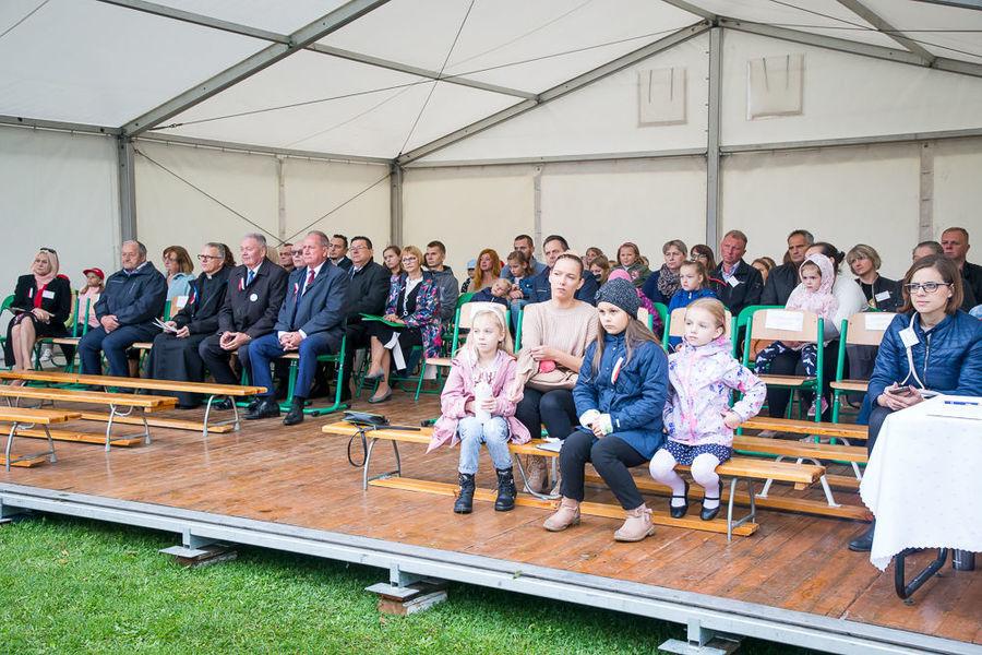 Na zdjęciu publiczność podczas części artystycznej.