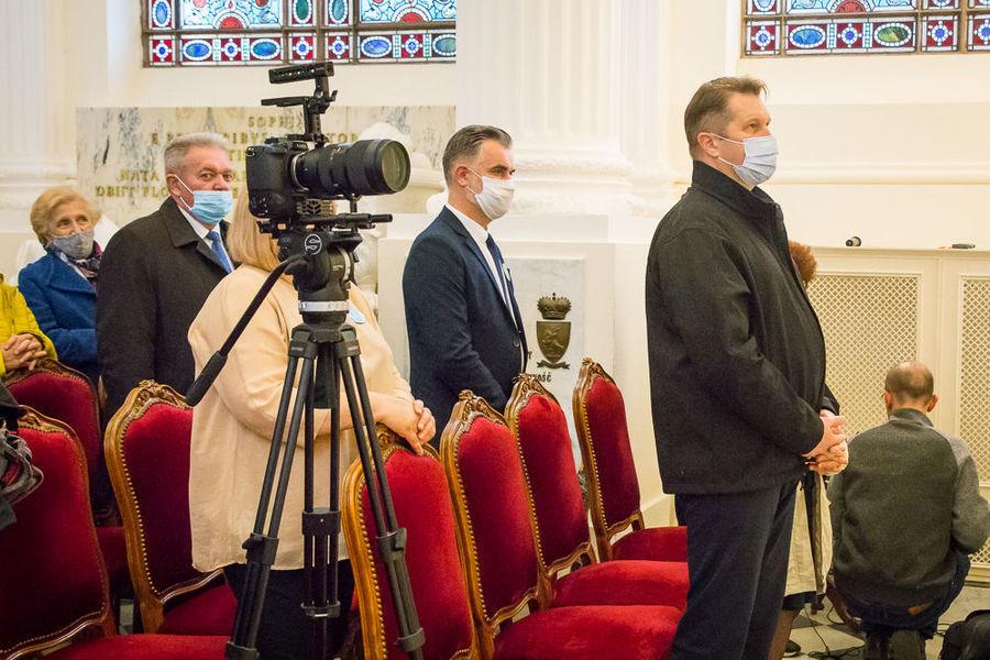 Na zdjęciu uczestnicy podczas uroczystości Mszy Świętej .