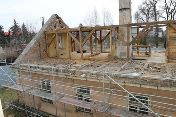 Stary budynek UG Wólka rozbiórka