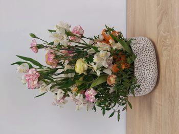 Prace florystyczne Klubu seniora
