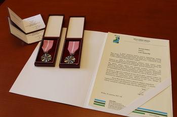 Medale i pismo