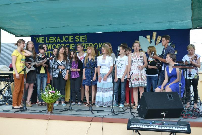 sacro song 2013