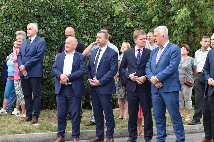 Promesy na realizację budowy, przebudowy i remontu dróg powiatowych i dróg gminnych