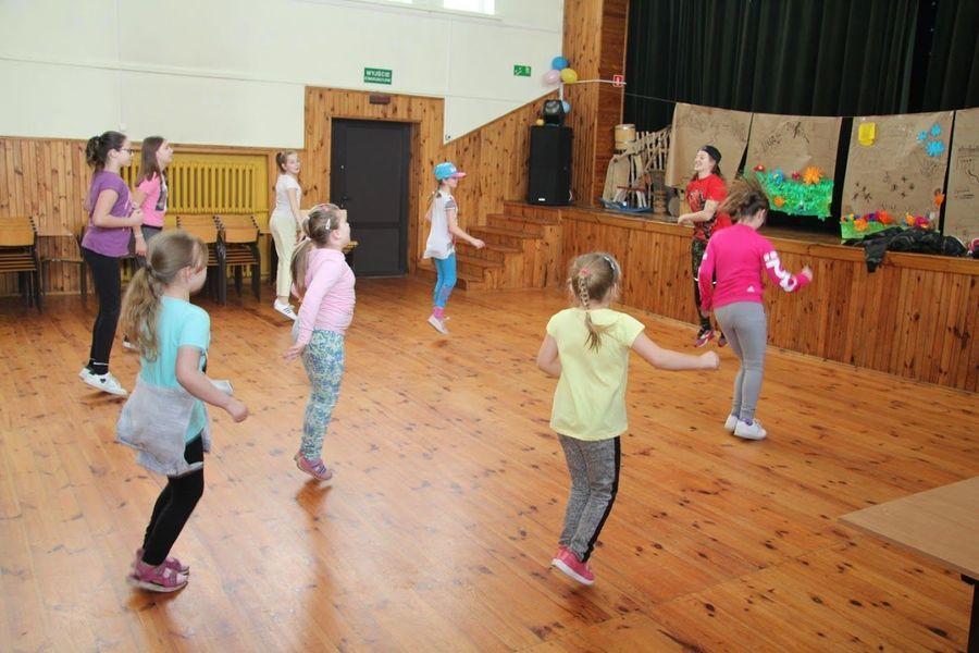 HIP-HOPOWE warsztaty taneczne w Domu Kultury w Markuszowie