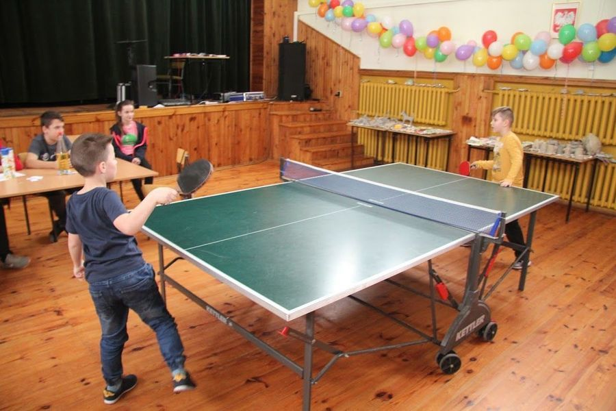 Turniej tenisa stołowego o