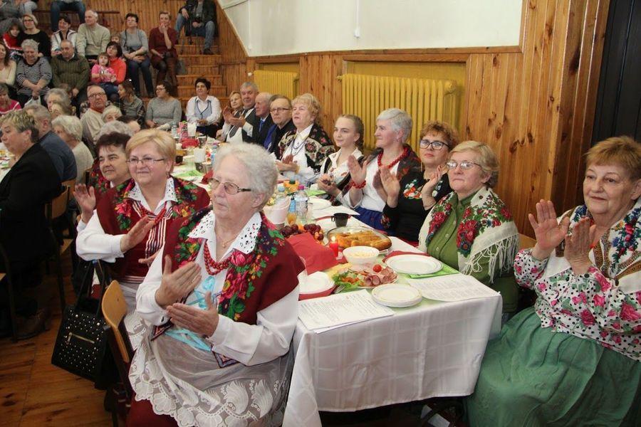 Spotkanie seniorów - wspólne kolędowanie w GDK
