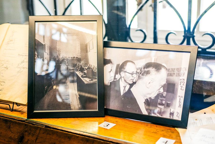 Eksponaty z wystawy Zdjęcia w ramkach