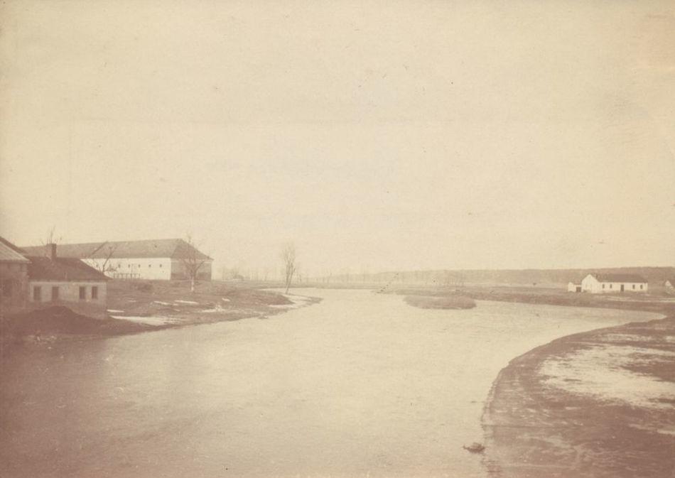 [MK/H/657/035] Widok na rzekę Wieprz i koszary wojskowe,Krasnystaw, 1916 r.