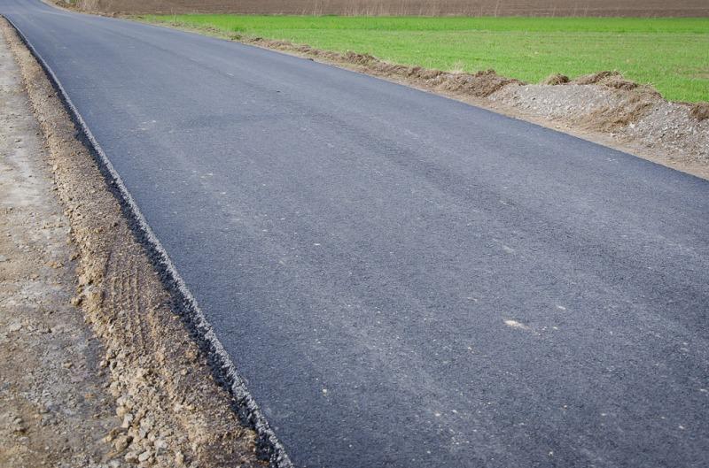 Mieszkańcy Woli Krasienińskiej i Nasutowa mają już nowe drogi