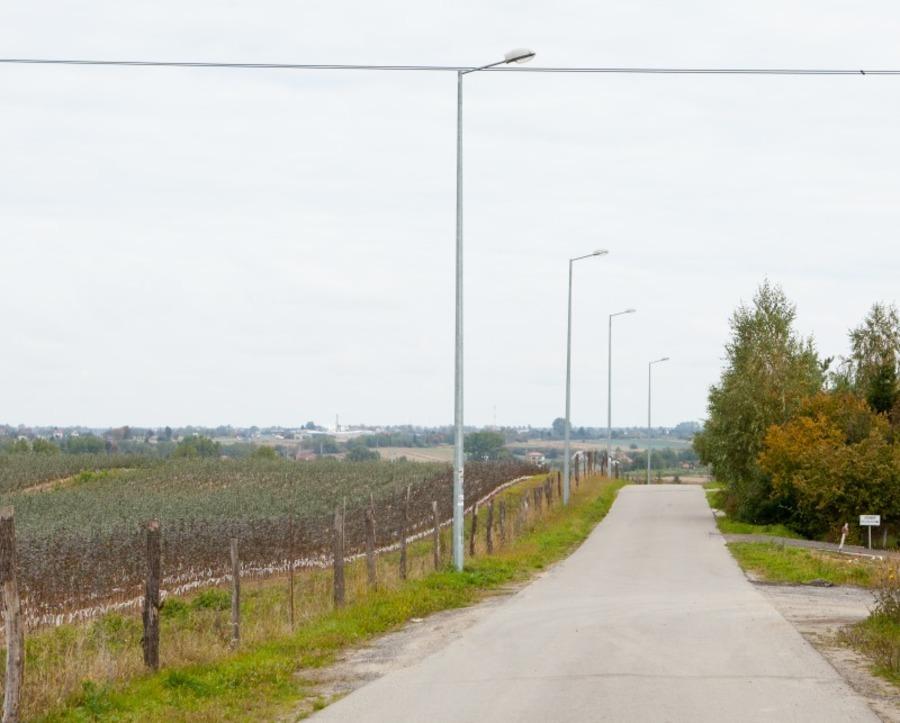 Budowa oświetlenia przu drodze gminnej 106067 L w m. Ciecierzyn