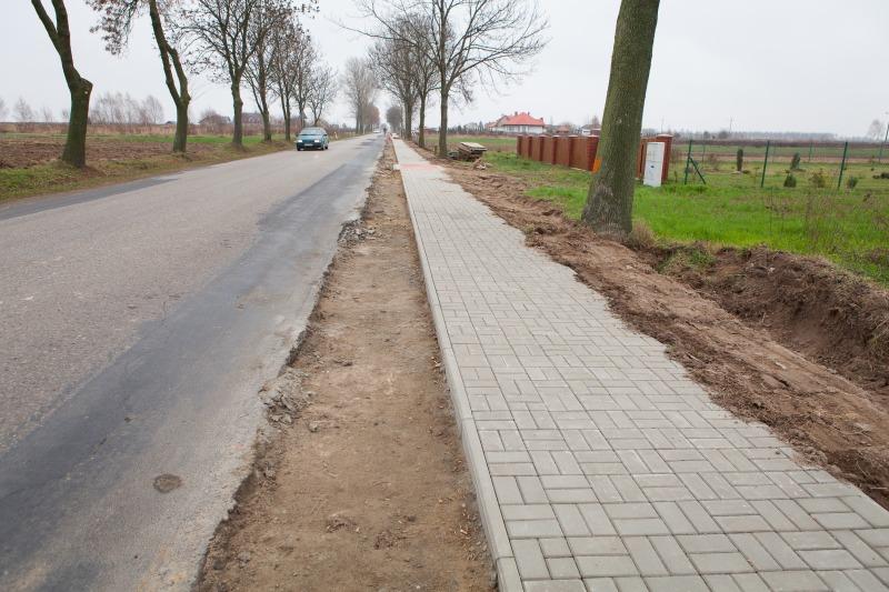 Budowa chodnika w m. Rudka Kozłowiecka.