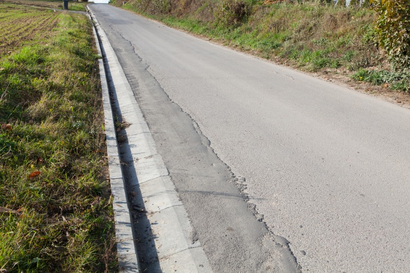 Wykonanie odwodnienia drogi gminnej nr 106085  L