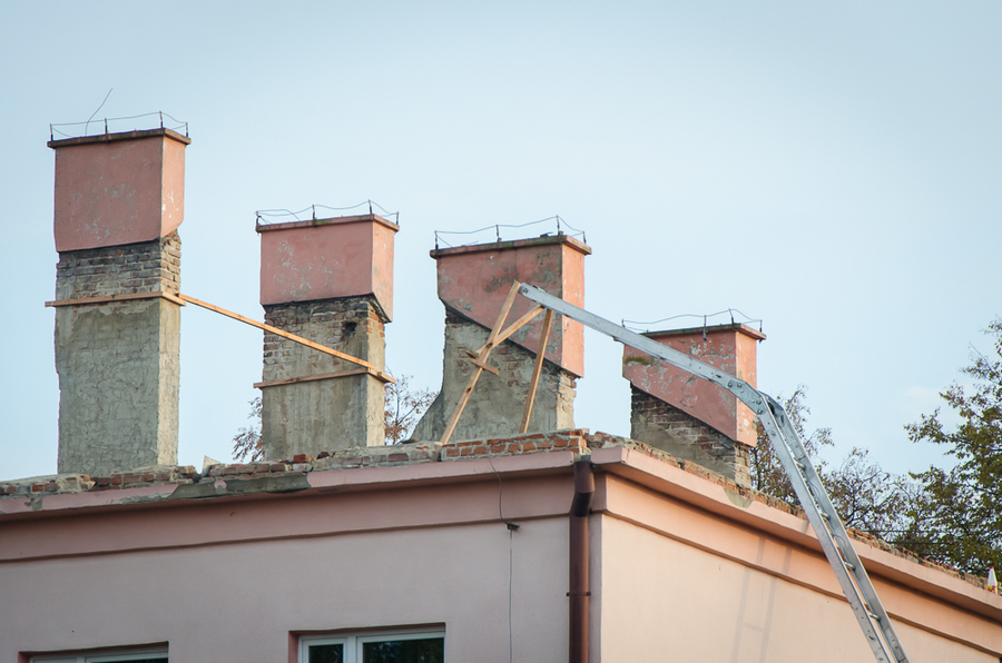 Remont dachu na budynku Zespołu Szkół w Krasieninie