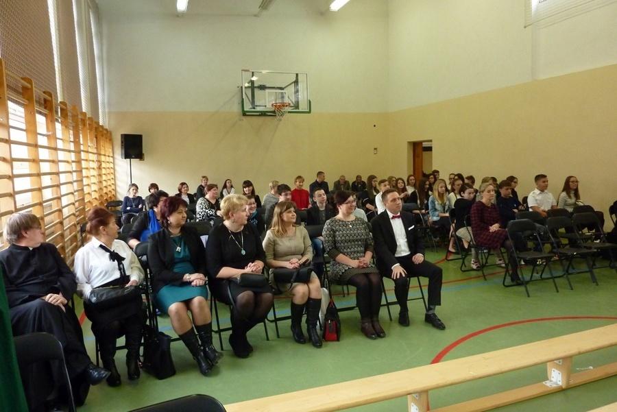Zespół Szkół w Krasieninie