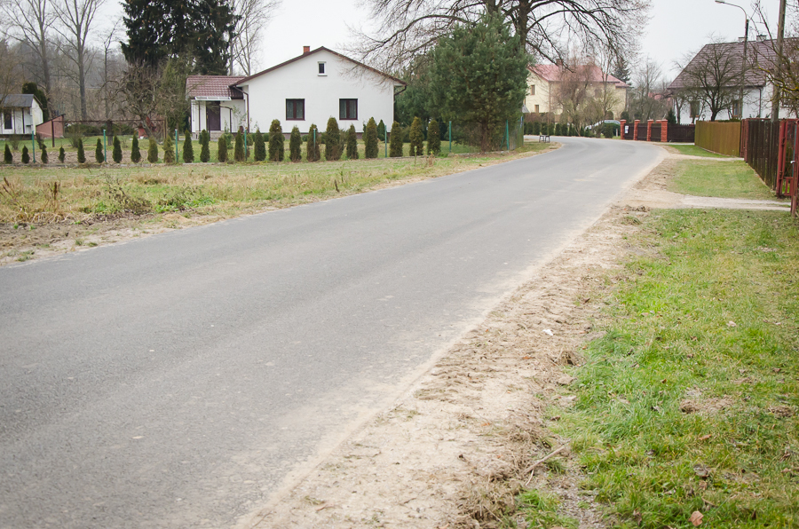 Remont drogi w Ciecierzynie