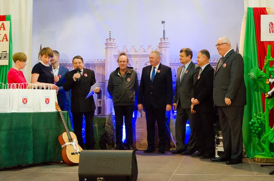 XIII Powiatowy Festiwal NIEZAPOMNIANE MELODIE