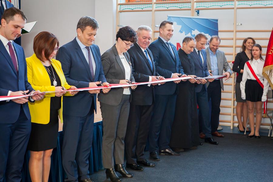 Oficjalne otwarcie sali sportowej w Jakubowicach Konińskich