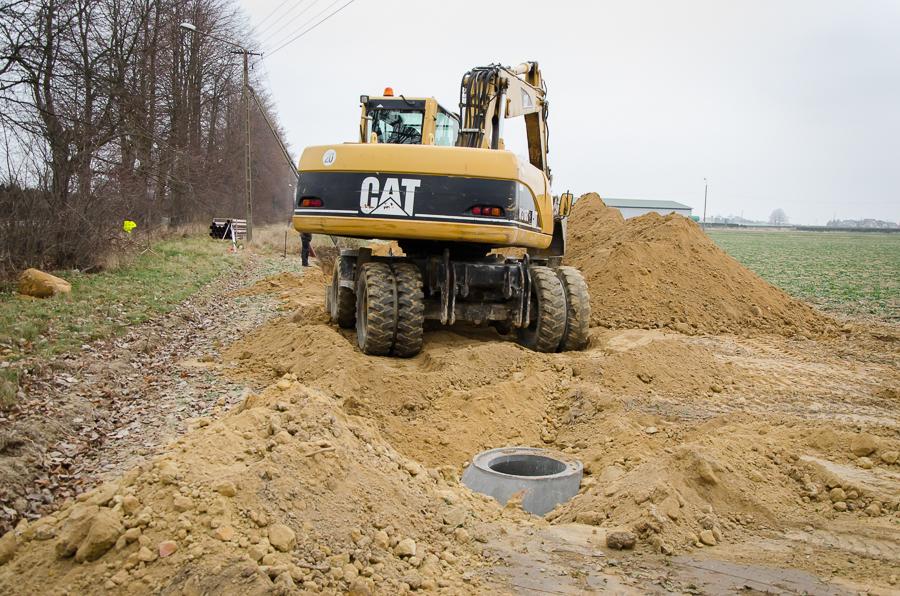 Budowa kanalizacji w Leonowie