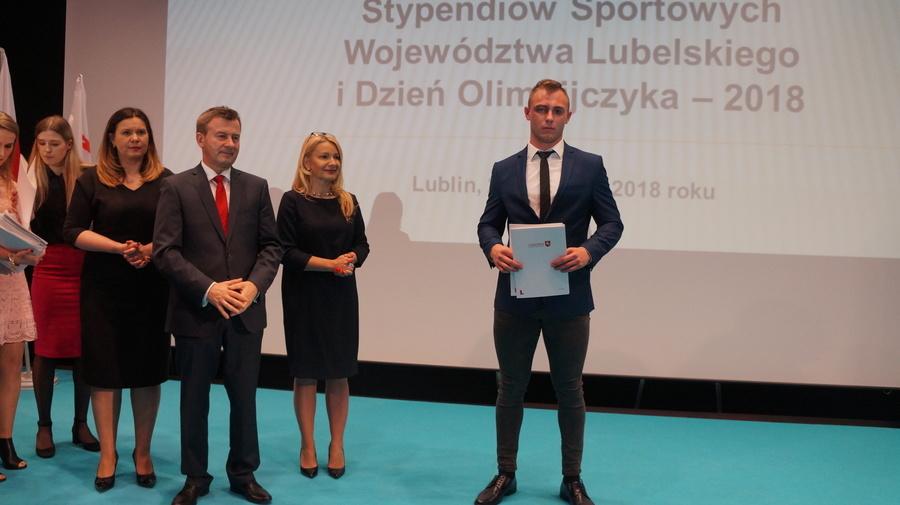 Stypendium sportowe dla Patryka Dziuby