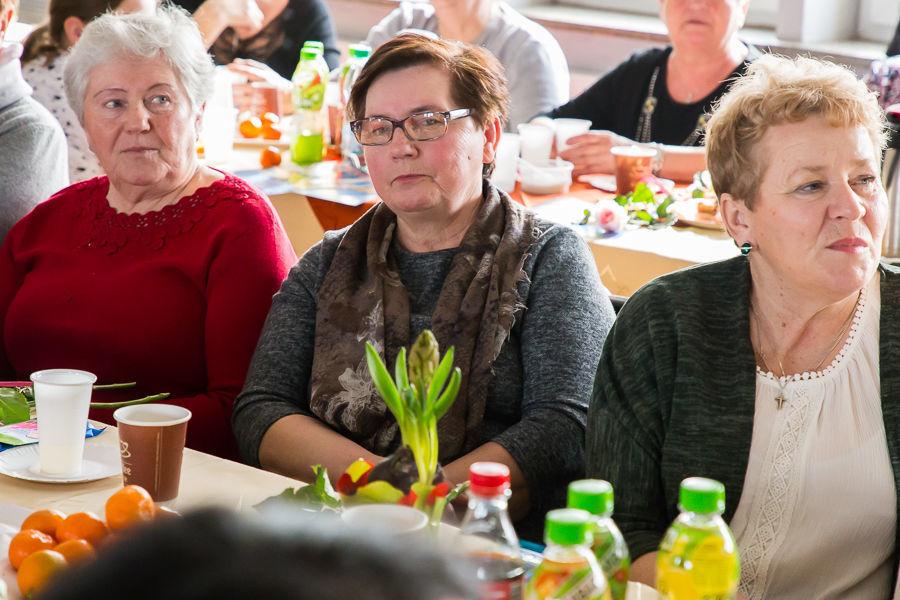Spotkanie z okazji Dnia Kobiet w Gminnym Ośrodku Kultury w Niemcach
