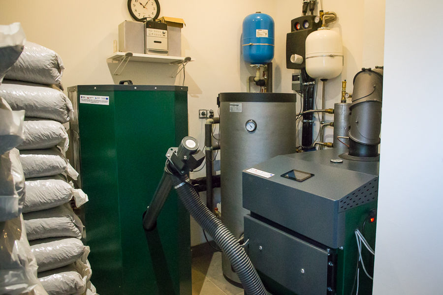 Piece na biomasę