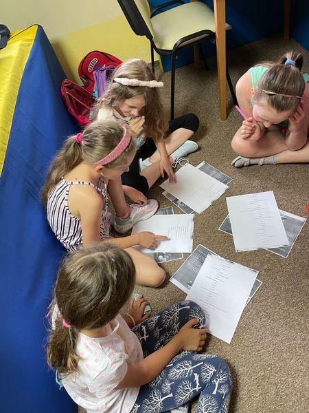 Dzieci na zajęciach