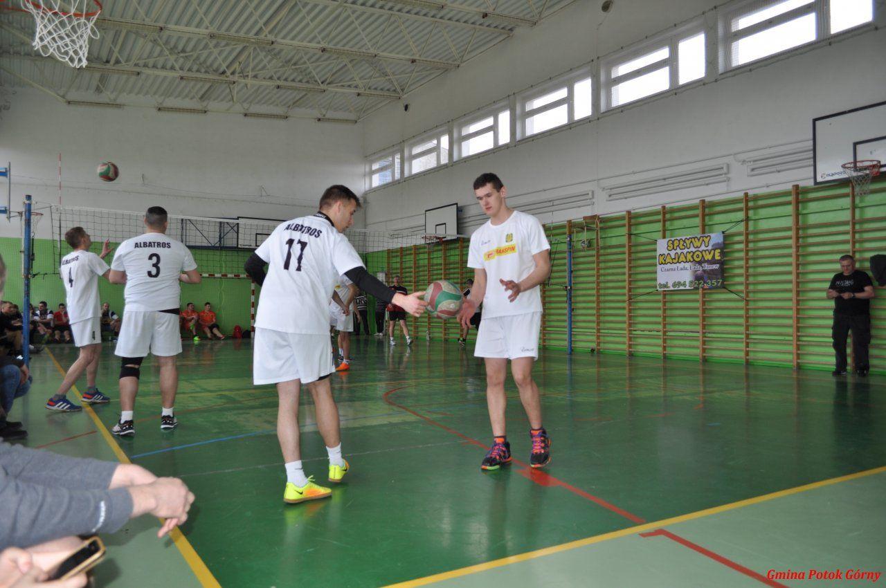 II Powiatowy Turniej Piłki Siatkowej drużyn OSP.