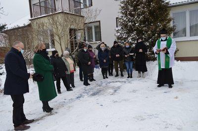 Poświęcenie nowego samochodu dla Ośrodka Wsparcia  w Leopoldowie