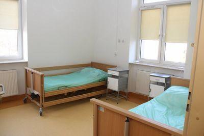 Służba zdrowia, Szpital Rykach otwiera oddział Miejsce znajdą pacjenci zaawansowanymi chorobami poddającymi leczeniu przyczynowym - zdjęcie, fotografia