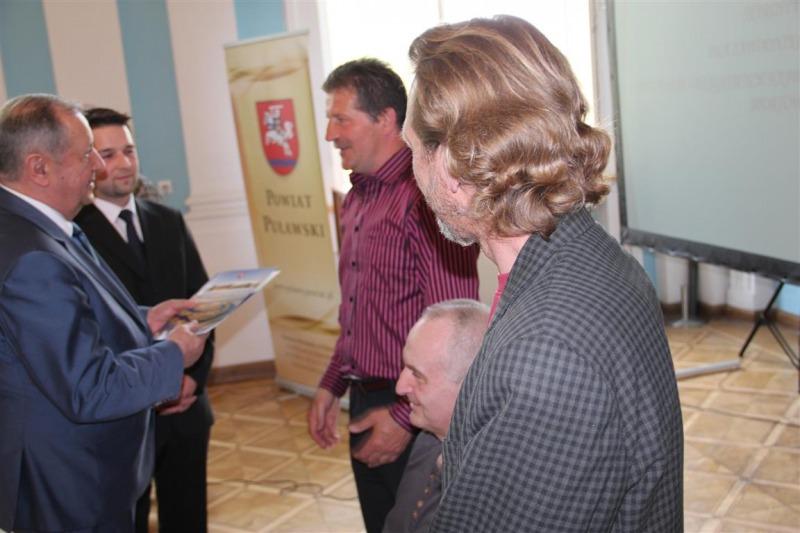 Sportowe nagrody Starosty Puławskiego wręczone