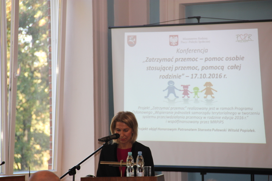 """Podsumowanie Powiatowej Konferencji """"Zatrzymać przemoc – pomoc osobie stosującej przemoc, pomocą cał"""