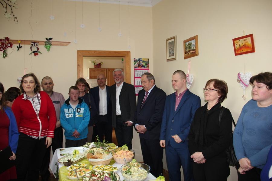 Uroczystość w Warsztacie Terapii Zajęciowej w Nałęczowie